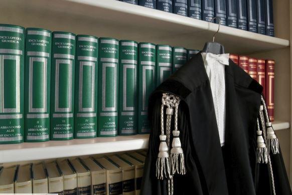 STUDIO LEGALE ASSOCIATO AMENDOLA - 1