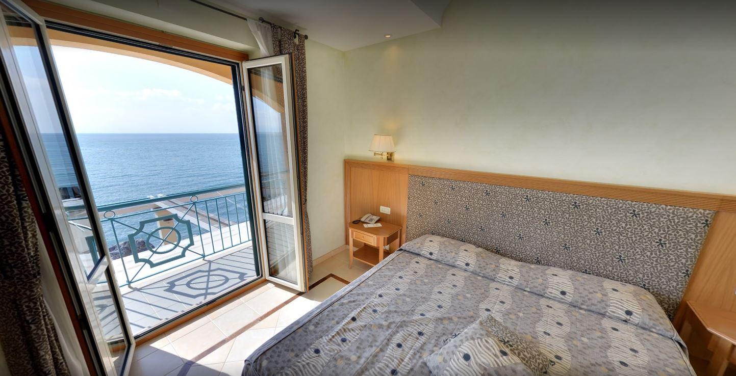 HOTEL 4 STELLE RISTORANTE LA LAMPARA - 1